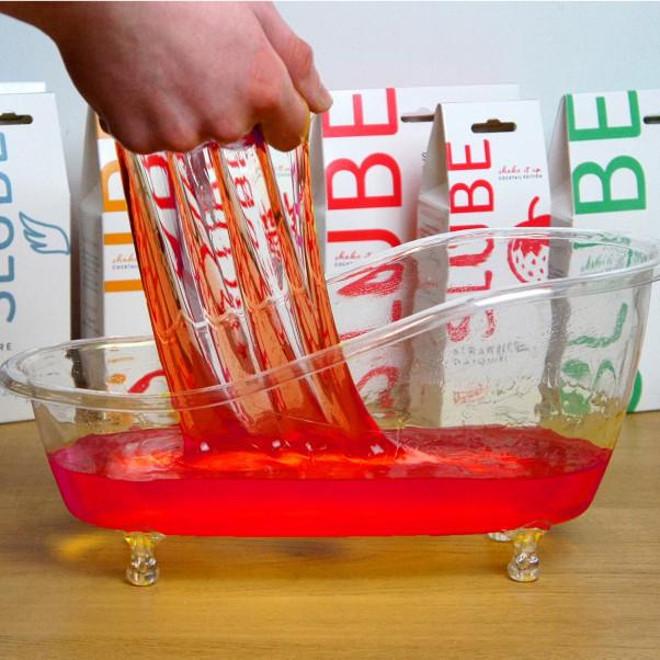 Slube Strawberry Daiquiri Vesipohjainen Kylpygeeli 250 g  3